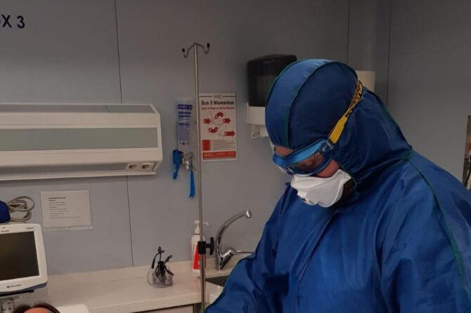 Primer alta hospitalaria a una paciente con coronavirus