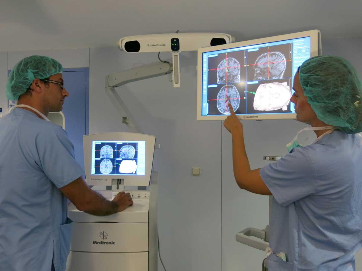The latest in image-guided surgery arrives at our Neurosurgery Unit