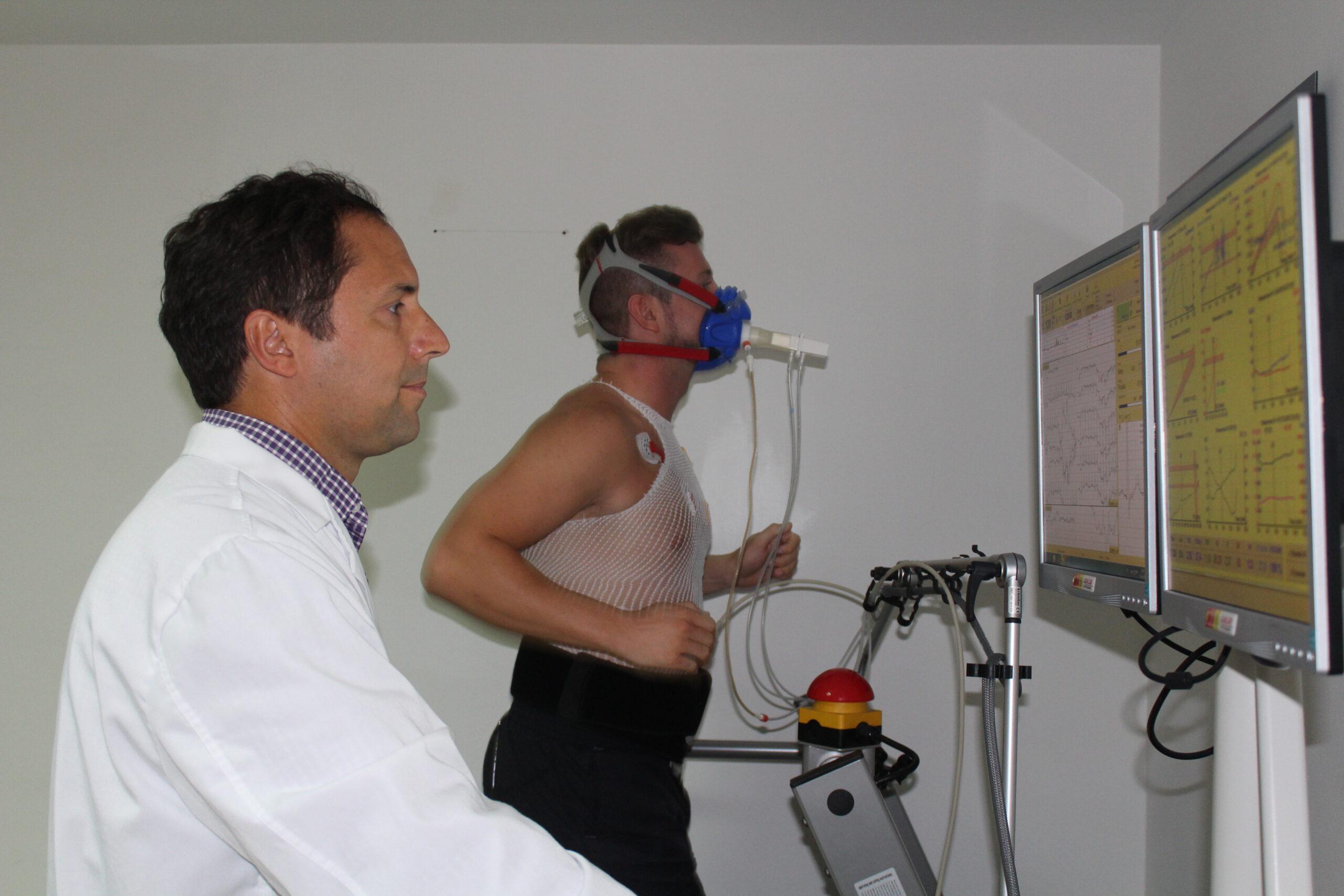 Prueba de esfuerzo con gases para practicar deporte con seguridad 1