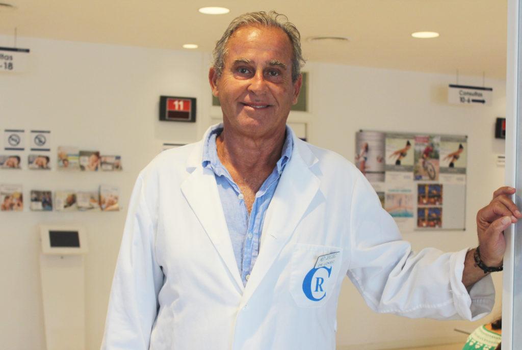 El traumatólogo infantil del Grupo Policlínica, el doctor Franklin Lokiec, hablará de la vuelta al colegio desde el punto de vista de la traumatología infantil el 20 de septiembre en el Club Diario de Ibiza. 1